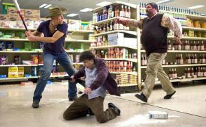 Tallahassee (Woody Harrelson) and Columbus (Jesse Eisenberg) in action against a zombie.