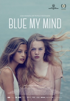 The film poster showing Luna Wedler and Zoë Pastelle Holthuizen.