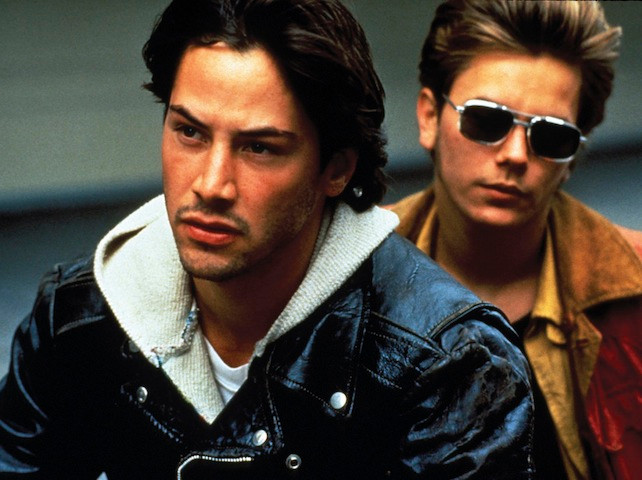 Keanu Reeves and River Phoenix in the film.