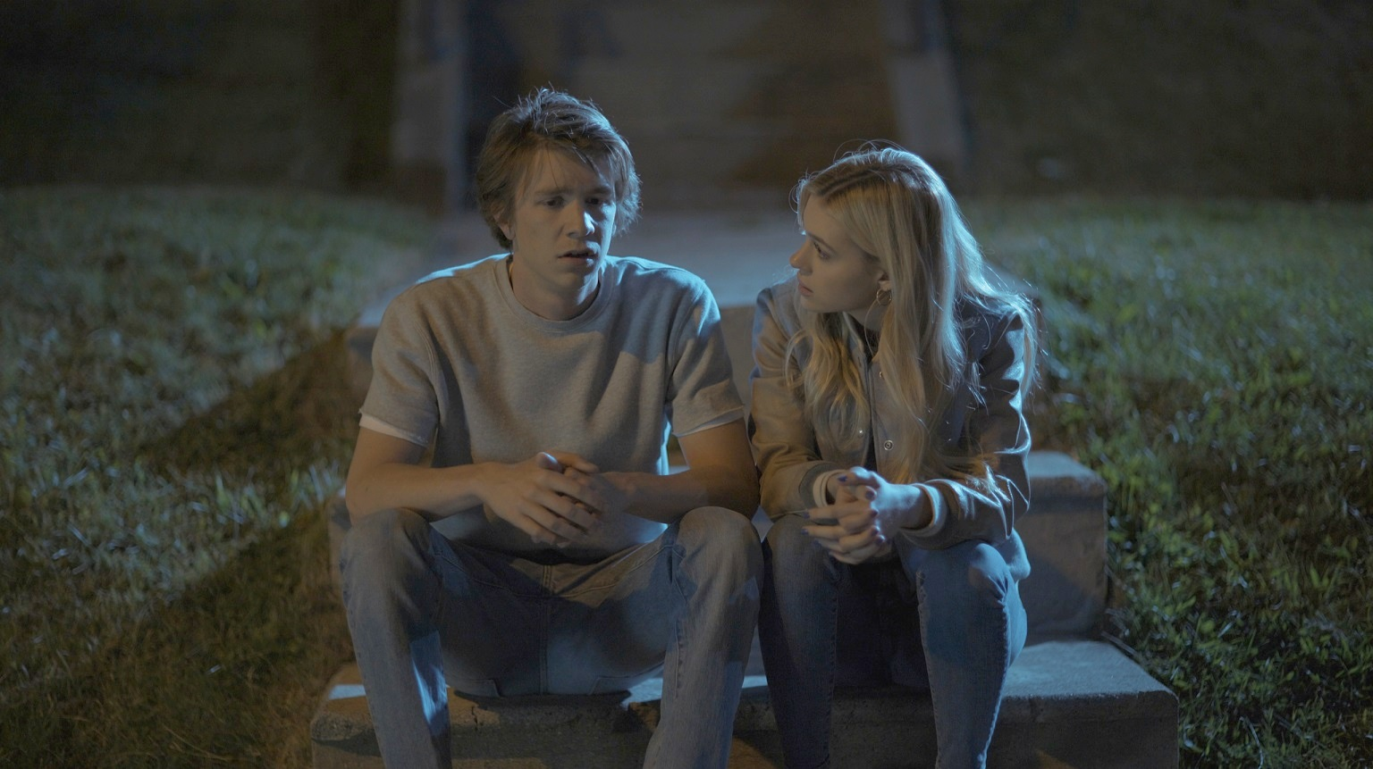 Thomas Mann and Nicola Peltz in the film.
