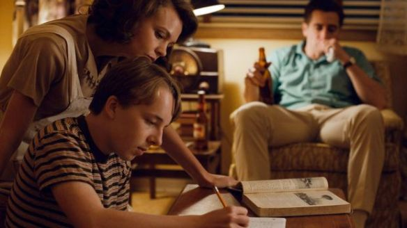 Ed Oxenbould, Carey Mulligan and Jack Gyllenhaal in the film.