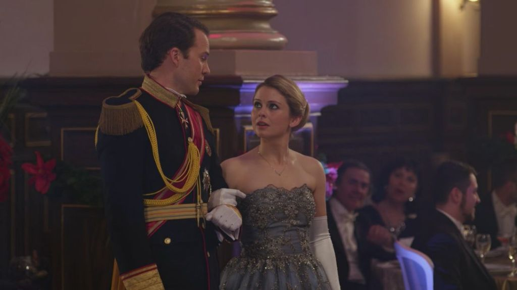 Prince Richard (Ben Lamb) and Amber (Rose McIver) at a ball.