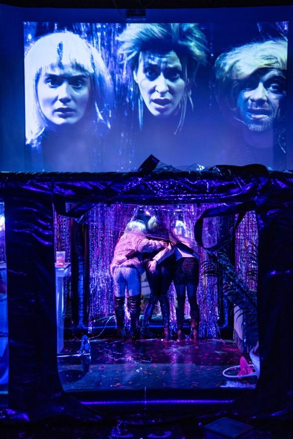 Marlene-Sophie Haagen, Fabian Raabe, Carolin Wiedenbröker on stage