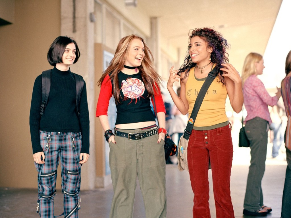 Anna (Lindsay Lohan) with her two best friends, Peg (Haley Hudson) and Maddie (Christina Vidal).