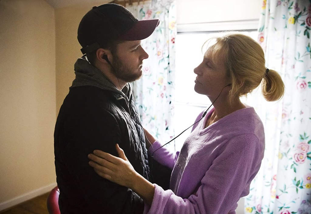John (Jack Reynor) dancing with Jean (Toni Collette).