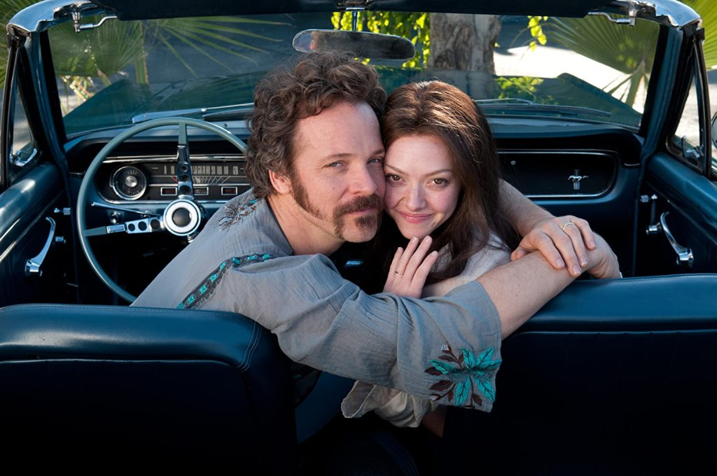 Chuck (Peter Sarsgaard) and Linda (Amanda Seyfried) in the car.