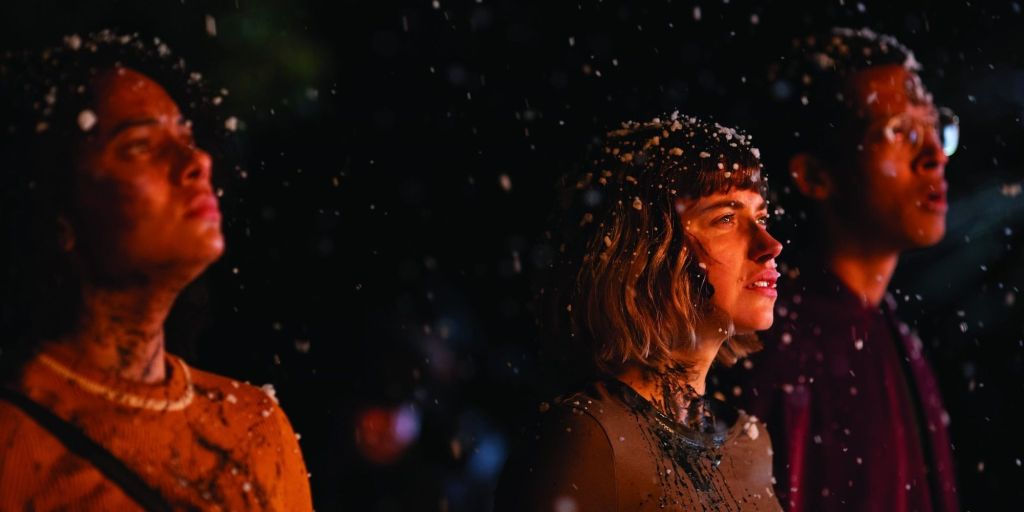 Kris (Aleyse Shannon), Riley (Imogen Poots) and Landon (Caleb Eberhardt) with snow in their hair.