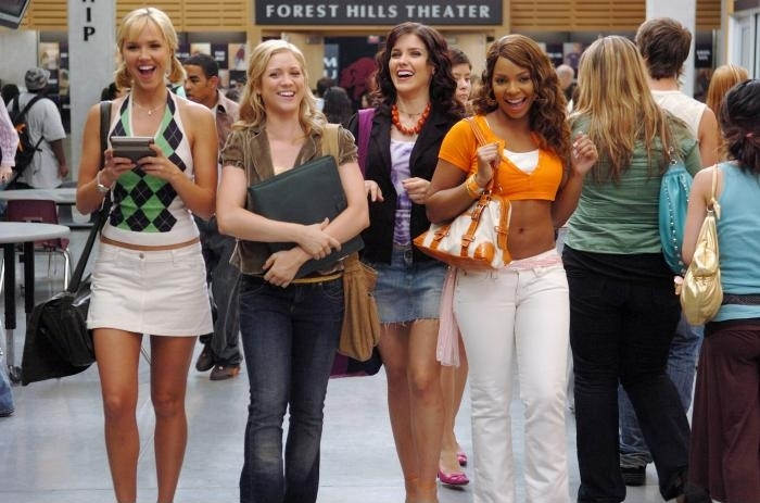 Carrie (Arielle Kebbel), Kate (Brittany Snow), Beth (Sophia Bush) and Heather (Ashanti) walking together.