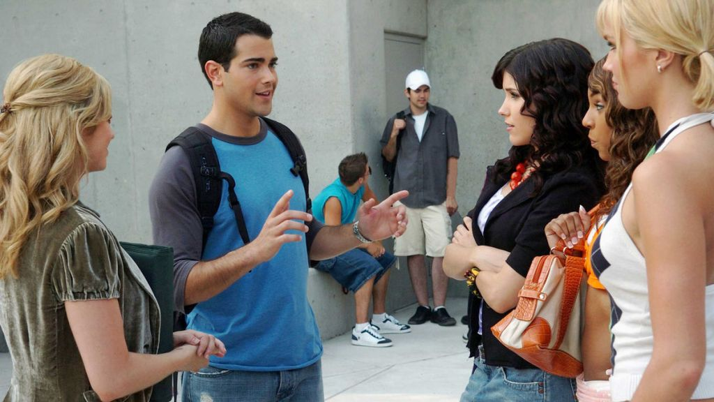 John Tucker (Jesse Metcalfe) confronted by all the girls he is dating.