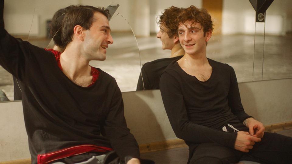 Irakli (Bachi Valishvili) and Merab (Levan Gelbakhiani) after training together.