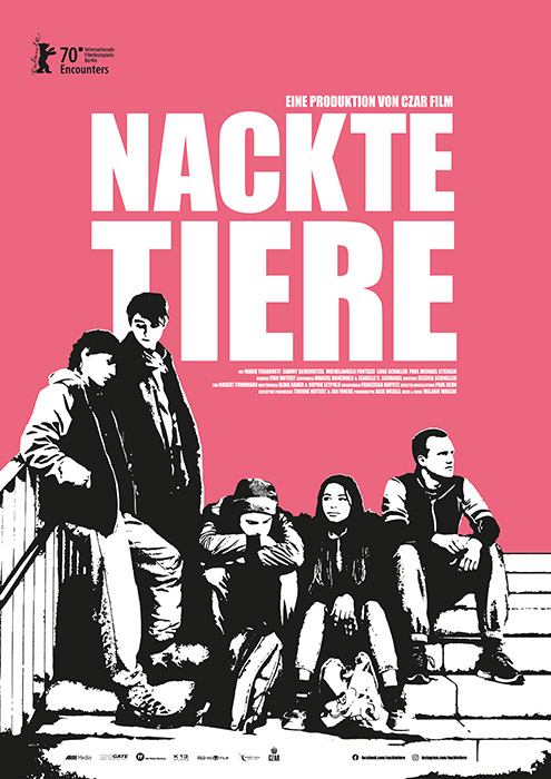 The film poster showing a black and white image of Katja (Marie Tragousti), Benni (Michelangelo Fortuzzi), Schöller (Paul Michael Stiehler), Laila (Luna Baptiste Schaller) and Sammy (Sammy Scheuritzel) sitting on steps in front of a building.