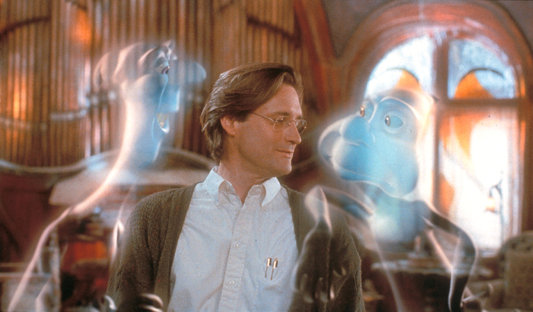 Dr. Harvey (Bill Pullman) with two of the three ghost uncles.