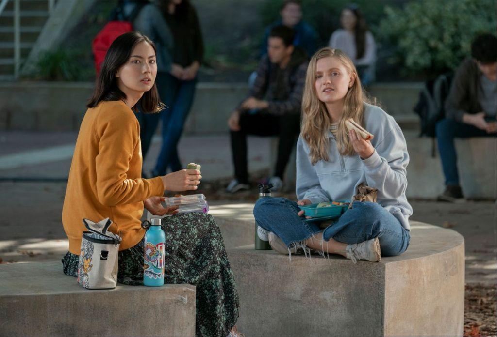 Vivian (Hadley Robinson) having lunch at school with her best friend Claudia (Lauren Tsai).