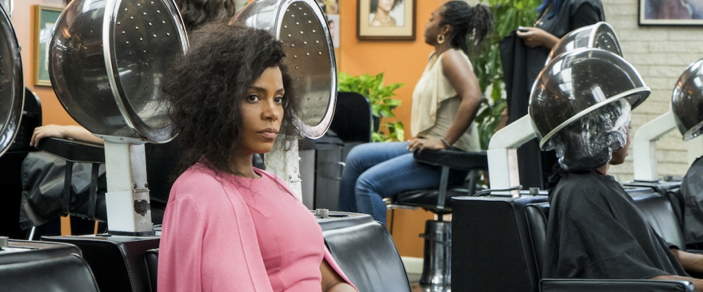 Violet (Sanaa Lathan) at the hairdresser.