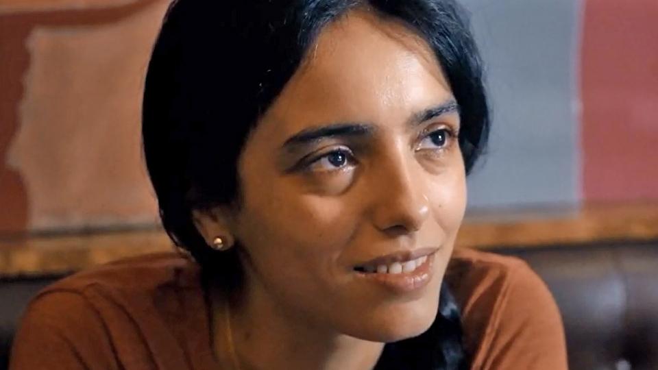 Lila (Hafsia Herzi) close up.