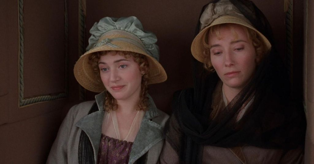 Marianne (Kate Winslet) and Elinor (Emma Thompson) in a carriage.