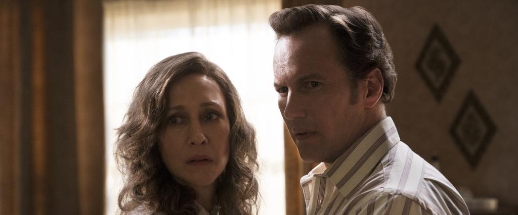 Lorraine (Vera Farmiga) and Ed (Patrick Wilson) looking worried.