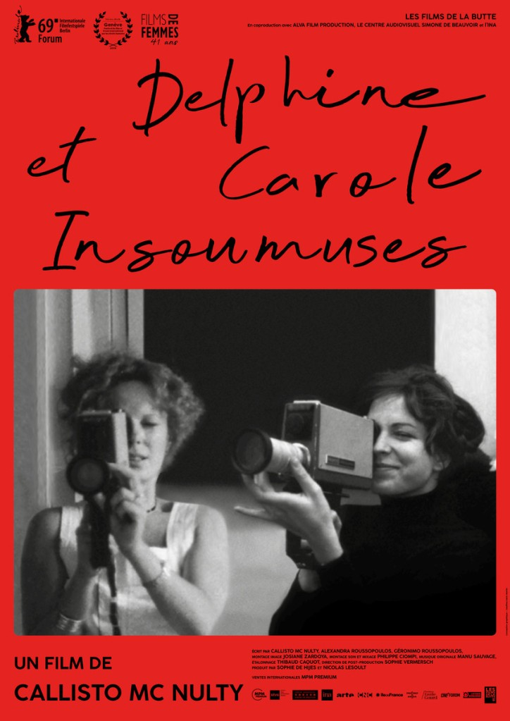 The film poster showing Carole Roussopoulos and Delphine Seyrig both with video cameras.