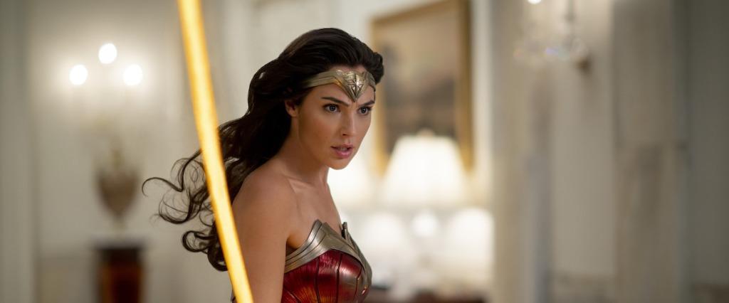 Diana (Gal Gadot) as Wonder Woman wielding the lasso of truth.